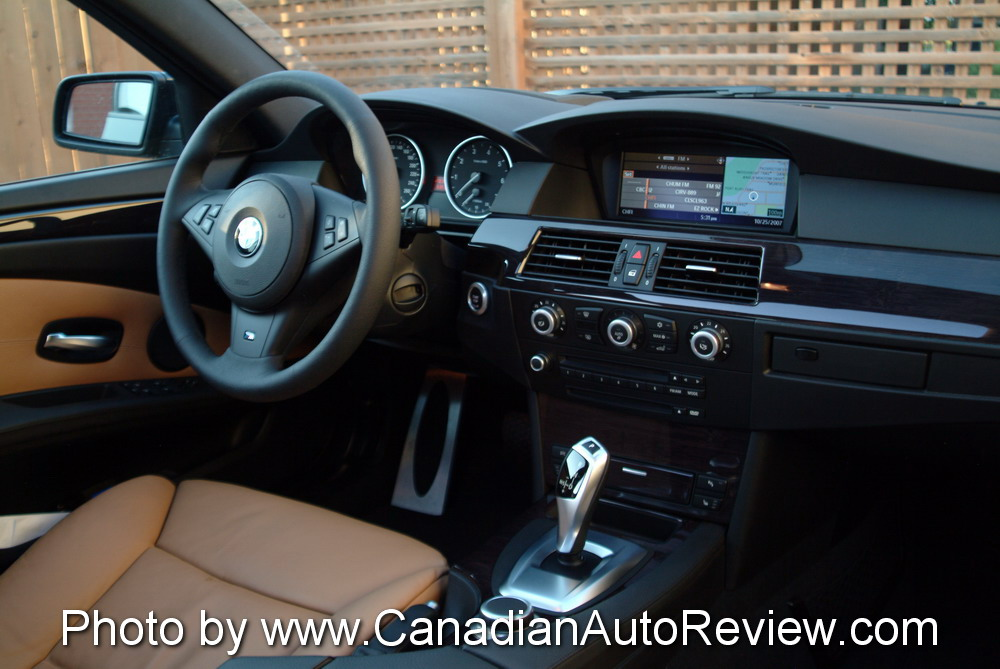 2008 BMW 550i Black interior dashboard leather