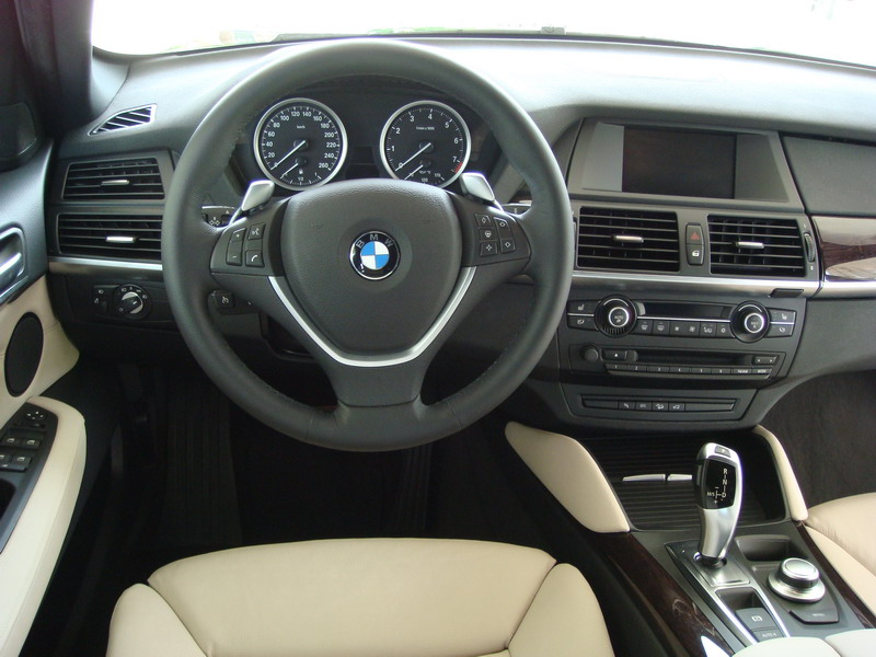 2008 BMW X6 xDrive35i Black interior steering wheel