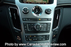 2008 Cadillac CTS White center buttons