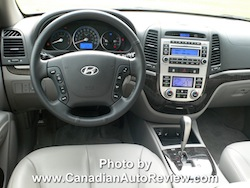2008 Hyundai Vera Cruz Blue interior steering wheel