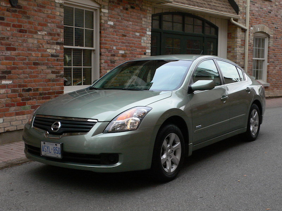 2008 Nissan Altima Hybrid Green front