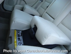 2008 Volvo XC70 Gray rear seats fold up