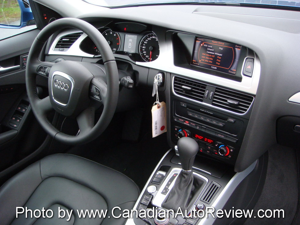 2009 Audi A4 3.2 Quattro Blue interior dashboard