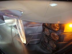 2009 BMW 750i Blue front headlights on