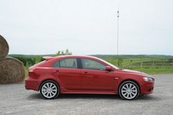 2009 Mitsubishi Lancer Sportback Ralliart Red side