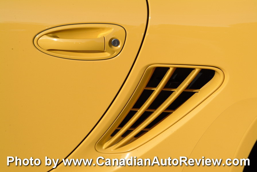 2009 Porsche Cayman Yellow side vents