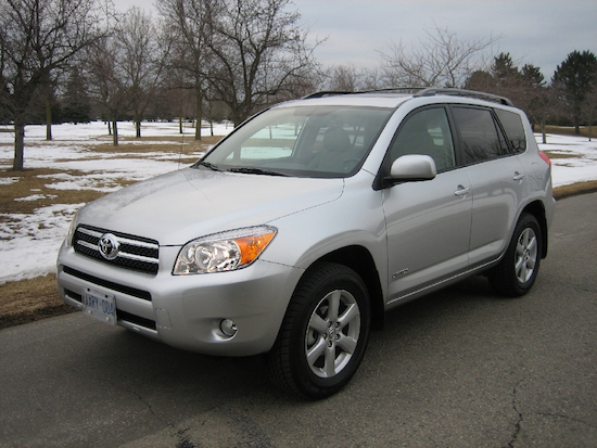 2009 Toyota RAV4 Silver front view