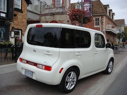 2010 Nissan Cube White rear