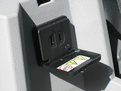 2011 Dodge Caliber White power outlet
