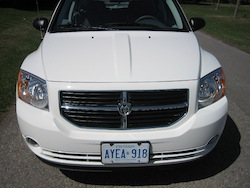 2011 Dodge Caliber White close up