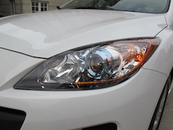 2012 Mazda 3 GS White headlights