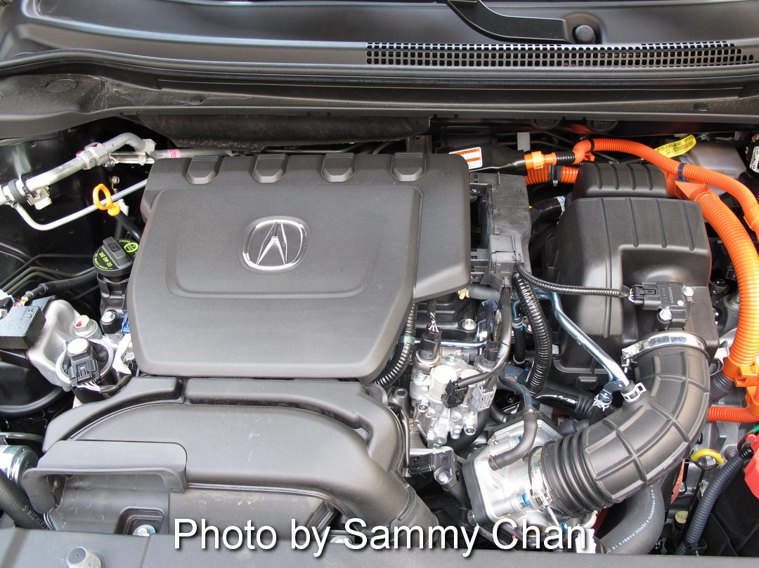 2013 Acura ILX Hybrid Black engine