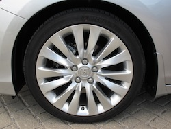 2013 Acura RLX Silver rims wheels