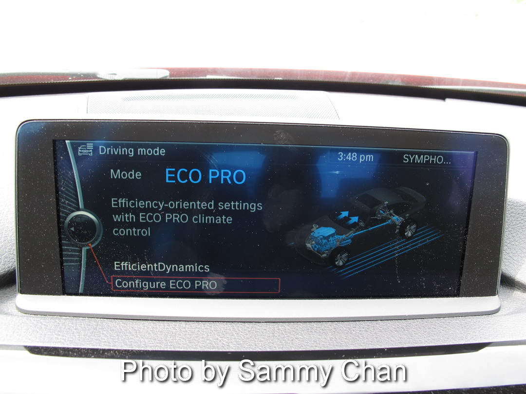 2013 BMW 328i Red eco pro display