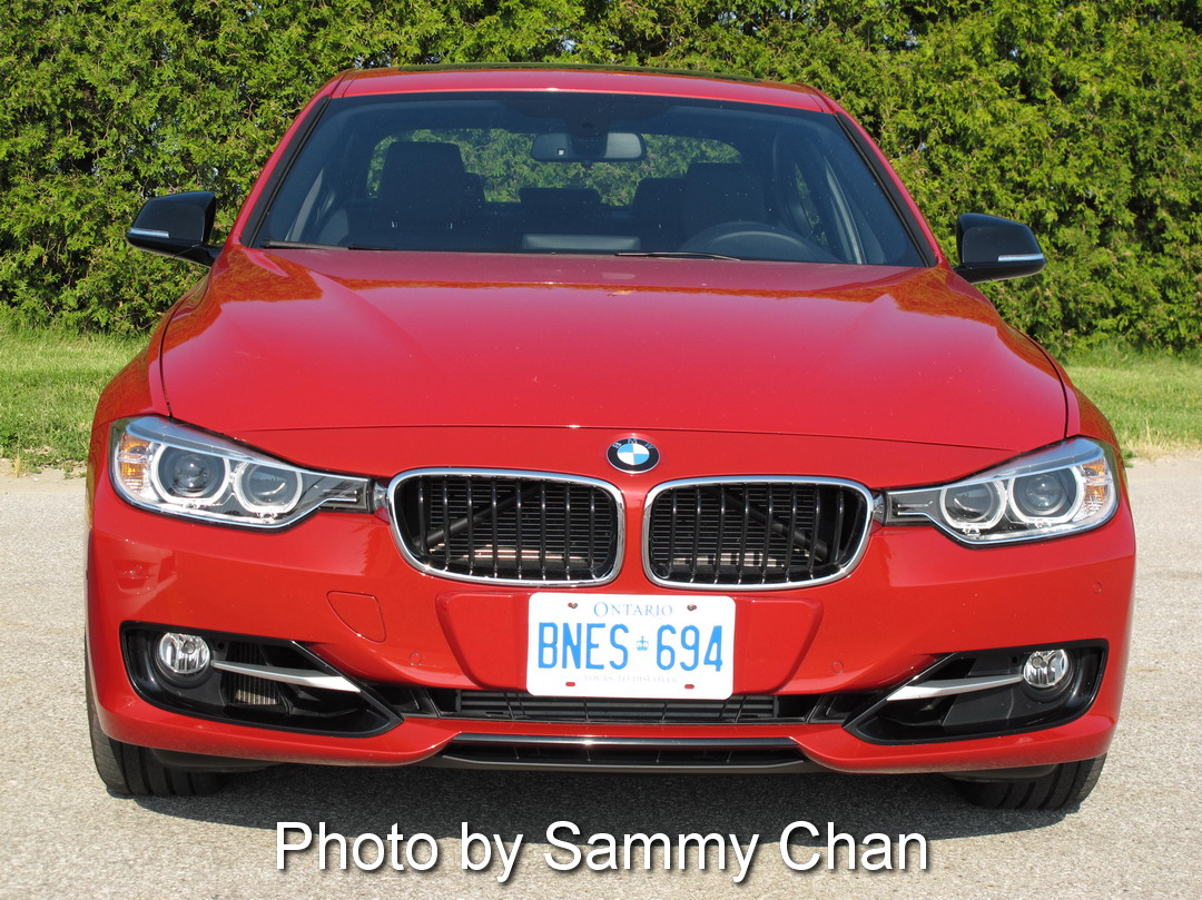 2013 BMW 328i Red front view