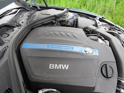 2013 BMW Activehybrid 3 Blue engine