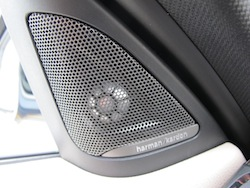 2013 BMW Activehybrid 3 Blue harmon kardon speakers