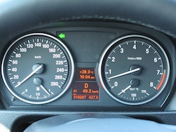 2013 BMW X1 xDrive35i M-Sport Alpine White gauges