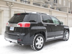 2013 GMC Terrain Denali snowing rear
