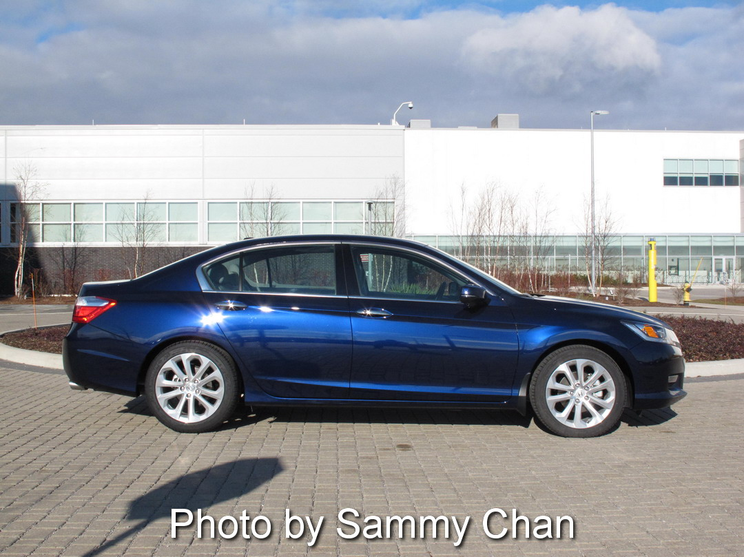 2013 Honda Accord V6 Touring Blue side view reflection