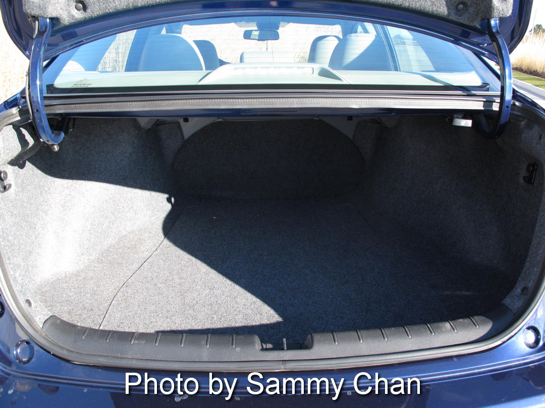 2013 Honda Accord V6 Touring Blue trunk storage space
