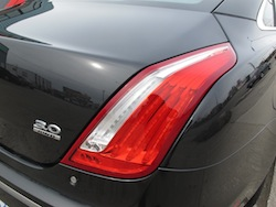 2013 Jaguar XJ 3.0L AWD Black rear taillights
