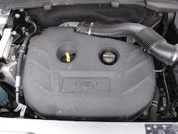 2013 Land Rover LR2 HSE Gray engine bay