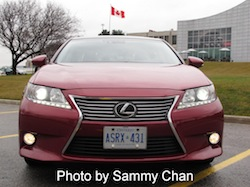 2013 Lexus ES350 Red front grille view headlights