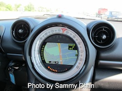 2013 Mini Cooper S Paceman ALL4 Black speedometer with fans that look like mickey mouse