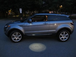 2013 Range Rover Evoque Coupe Metal Gray light under the mirror upon entry