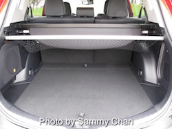 2013 Toyota RAV4 Red trunk storage