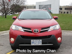 2013 Toyota RAV4 Red full front view