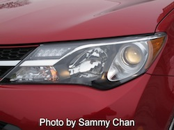 2013 Toyota RAV4 Red front headlights