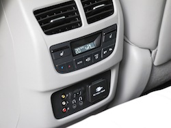 2014 Acura MDX rear entertainment controls