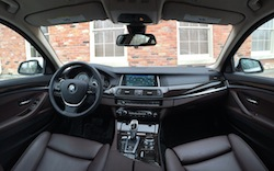2014 寶馬 BMW 535d xDrive Metallic White interior panorama view