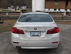 2014 寶馬 BMW 535d xDrive Metallic White rear view