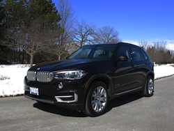 2014 BMW X5 xDrive 35i Sparking Brown Metallic front side view