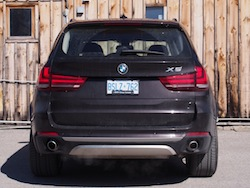 2014 BMW X5 xDrive 35i Sparking Brown Metallic rear view taillights exhaust