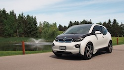 2014 BMW i3 Capparis White front view panorama