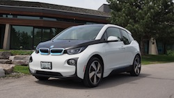 2014 BMW i3 Capparis White front view
