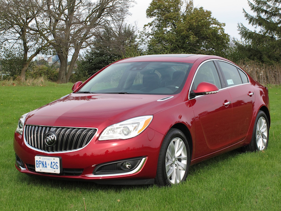 2014 Buick Regal Red front view