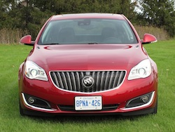 2014 Buick Regal Red full front view