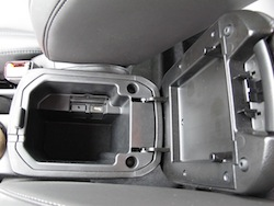 2014 Chevrolet Cruze Diesel Black center console storage
