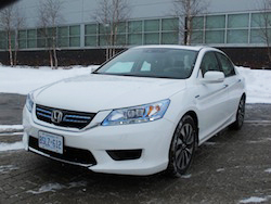 2014 Honda Accord Hybrid White front
