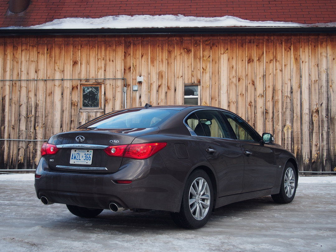2014 Infiniti Q50 AWD Brown rear side view