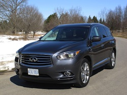2014 Infiniti QX60 Hybrid front side view in snow