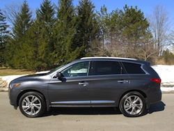 2014 Infiniti QX60 Hybrid side view trees