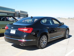 2014 Kia Cadenza black rear side view taillights grille wheels