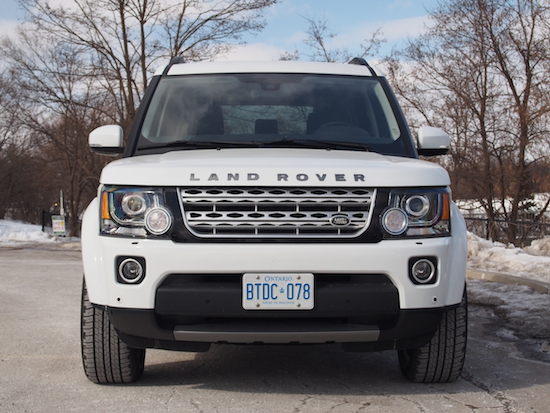 2014 Land Rover LR4 HSE white front view