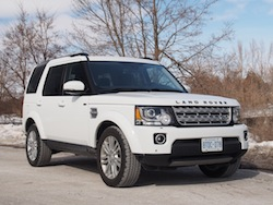 2014 Land Rover LR4 HSE white front side view